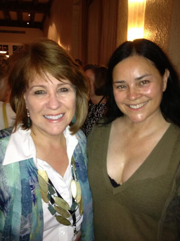 "#HNS2013 with the amazing, best-selling Diana Galbaldon of the ""Outlander"" series! http://pic.twitter.com/5RhUmAGprB"