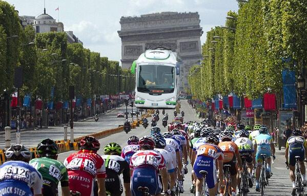 That was only Stage 1! I can't wait to see what GreenEDGE have in store for the Champs-Elysées! #sbstdf #greenwedge http://t.co/MOfEPtFdaP