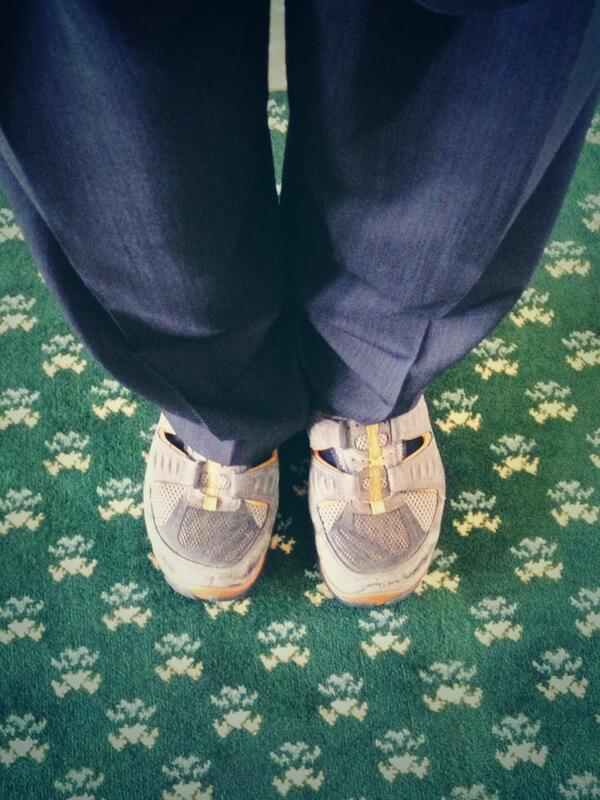 "I have my ""filibuster-support"" footwear on. I #StandWithTexasWomen against #SB5 #txlege pic.twitter.com/KKFpjsDTXj"
