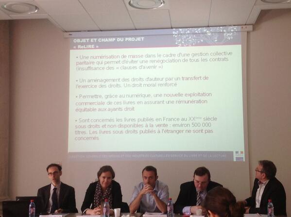Objet et champ du projet Relire #ReLIRE #cogitation19 #arl #Rouen pic.twitter.com/zbBQiMuo9c