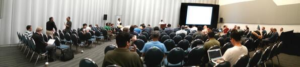 #apache YARN meet-up at #hadoopsummit and others starting NOW! # join in the fun folks! pic.twitter.com/VTlmv9G9V0