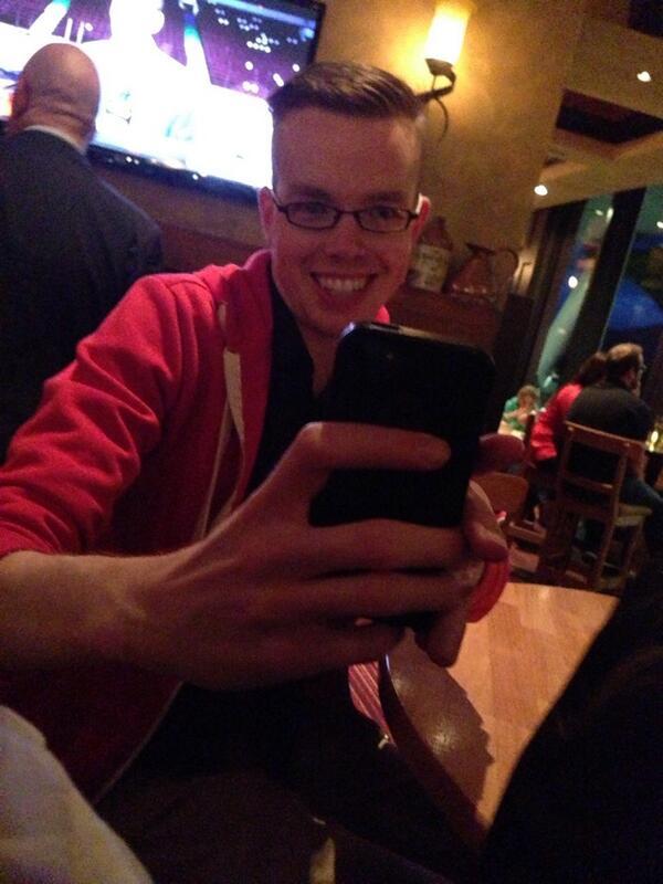 Photo sesh with my boy @tomcochrane, wearing @joelddixon in yellow #prawnlife pic.twitter.com/AvDCzDn5j6