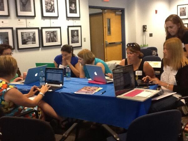 Aha moments galore in #Twitter session! Think my Twitter PLN grew at #techri today pic.twitter.com/ykgW57T1Zg