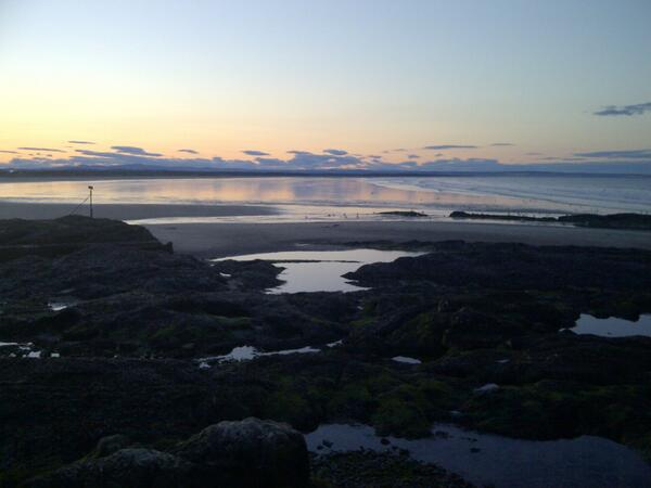 A1 A St Andrews seaside sunset... #ScotlandHour pic.twitter.com/AY2VXb6Il2