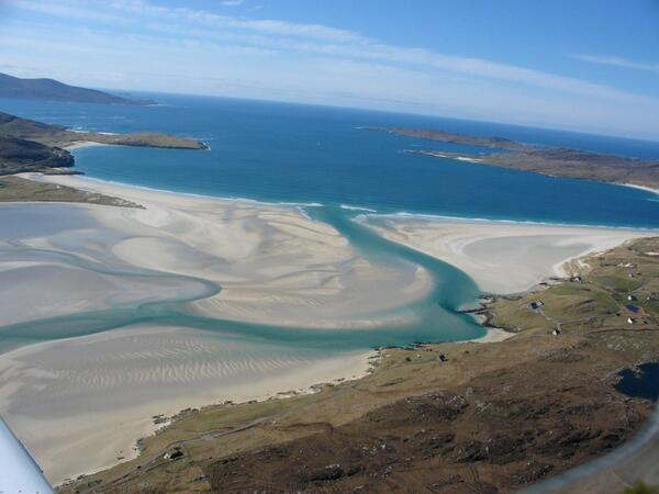 "Swam here 1x; a seal swam with me. ""@GTunnah: A6 Luskentyre what more could you want #scotlandhour @FinsbayFishings pic.twitter.com/wcVuFEFU13"""