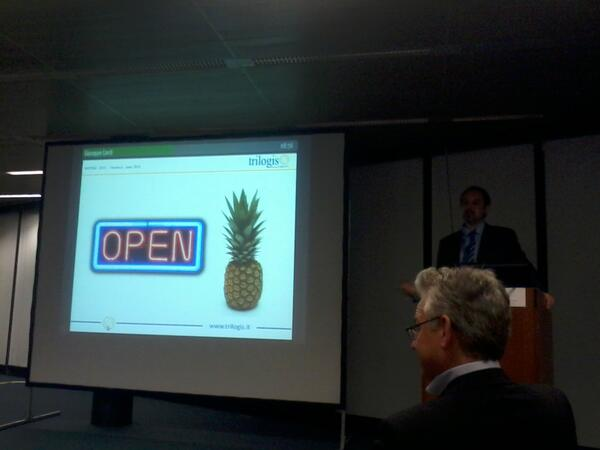 #inspireconf2013 Giuseppe opening the pineapple @INSPIRE_EU http://pic.twitter.com/Gs5H99z93P
