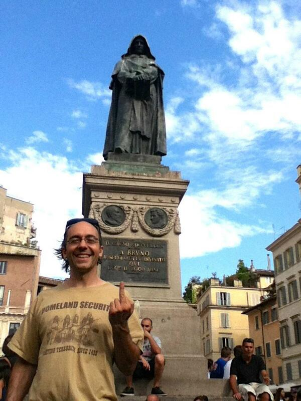 "Daniele Bolelli on Twitter: ""G. Bruno (statue in the back) was ..."