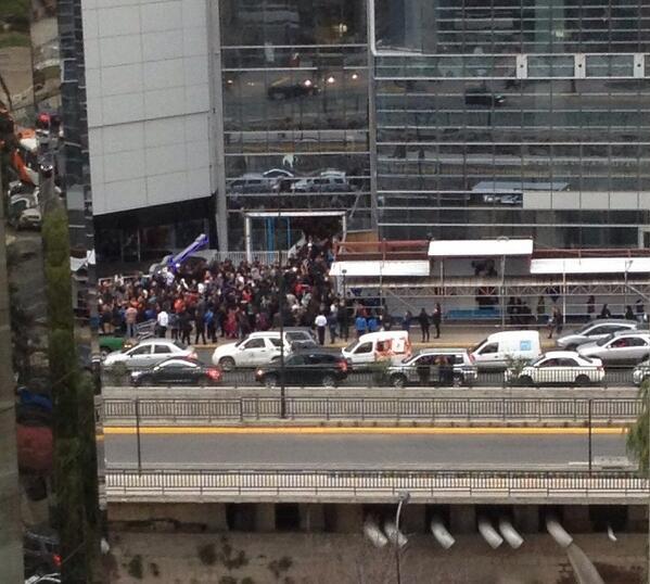 @Emol foto de la salida Nueva Tajamar pic.twitter.com/7XB2fNzCvZ