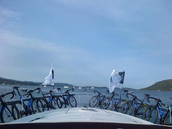 Took a little boat ride to the #TDF13 team presentation. And so it begins. pic.twitter.com/2dusbtjWtI