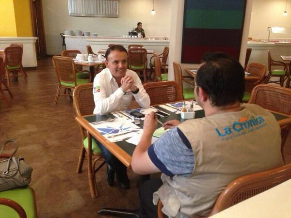En entrevista con La Crónica. http://t.co/tvfHU2AQCT