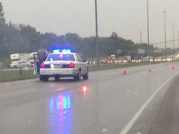 @10TV OH-256 & I-70 #powerlinedown http://pic.twitter.com/pXrEc9jxXF