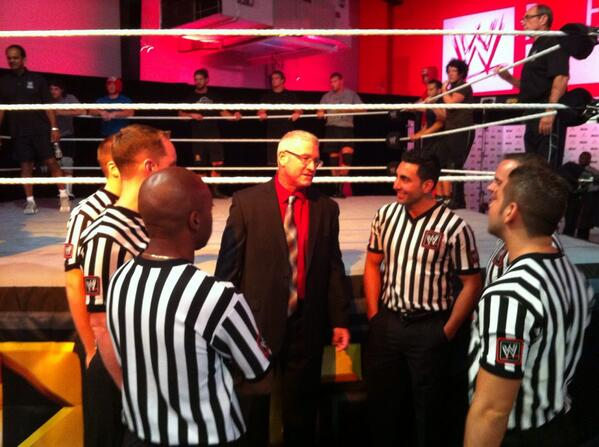 """"""" WWEArmstrong  Here s me talking to the new Refs training  WWEPerformCtr  Grand Opening today! WWEPC pic.twitter.com FPwXTLu5ro"""" I wanna go! 4b297ae6d"""