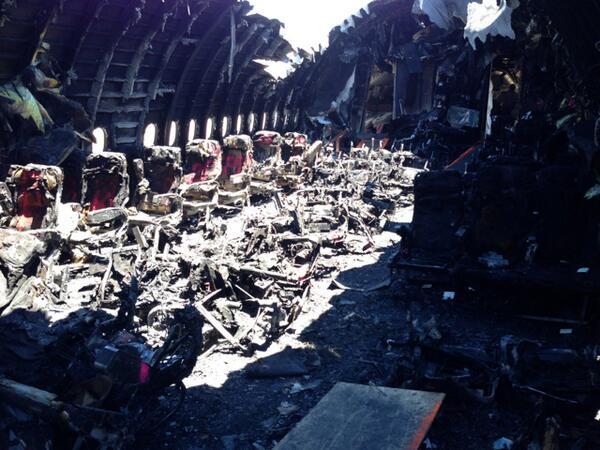 Photo of charred cabin interior of Asiana flight 214. #Asiana214 http://pic.twitter.com/PkvZz7JjD6
