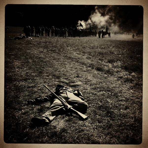 Dead soldier on battlefield during #gburg150 @pennlive @gburg150 pic.twitter.com/ci9qEdh074