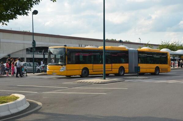 Pôle d'échanges multimodal de Marne-la-Vallée - Chessy (gares routières, SNCF et RATP) BOB02fOCIAADSmK