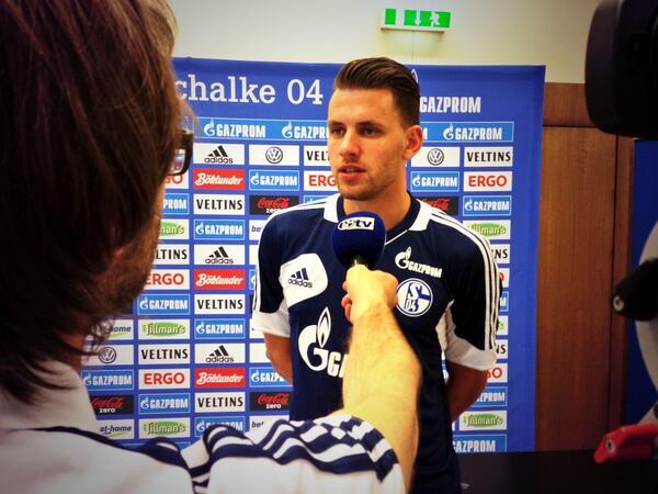 Szalai auf Schalke