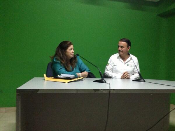 En entrevista con Pituka Valdez. http://t.co/xGPKANpbFM