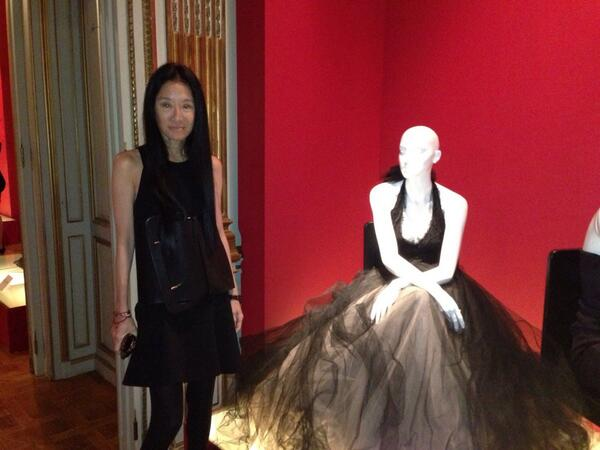"""@VeraWangGang: What a beautifully curated show! xx Vera pic.twitter.com/ywkLmDIuxB""#scad #LBDSCAD #Paris"