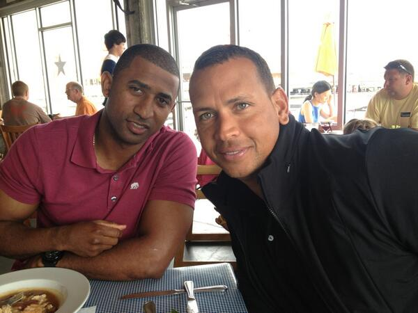 Good lunch w/ @AROD in Charleston. Excited to get on the field today! pic.twitter.com/96I3YJm1zB