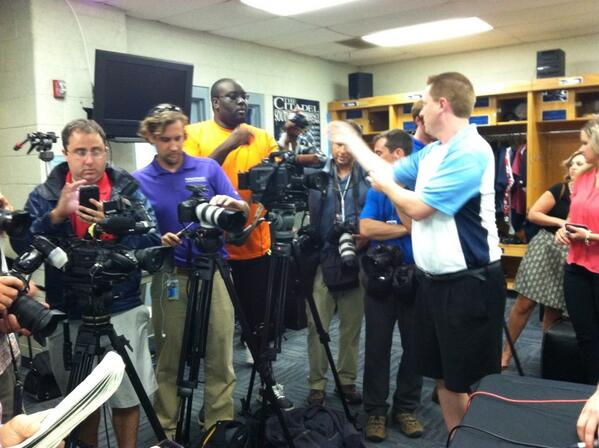 Media scrum at @arod press conference #riverdogs pic.twitter.com/AnicWoPxwT