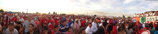 Cierre de campaña en Guadalupe Victoria. http://t.co/UzeVu3Dlos