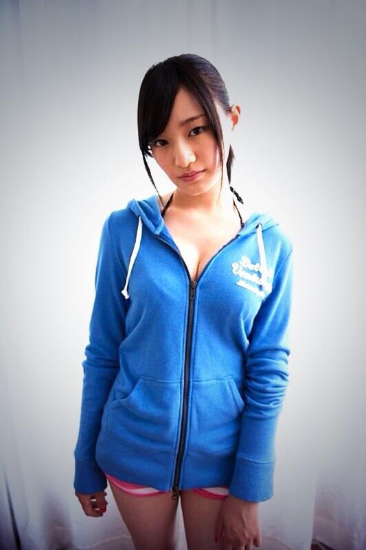 とても色っぽい中田花奈