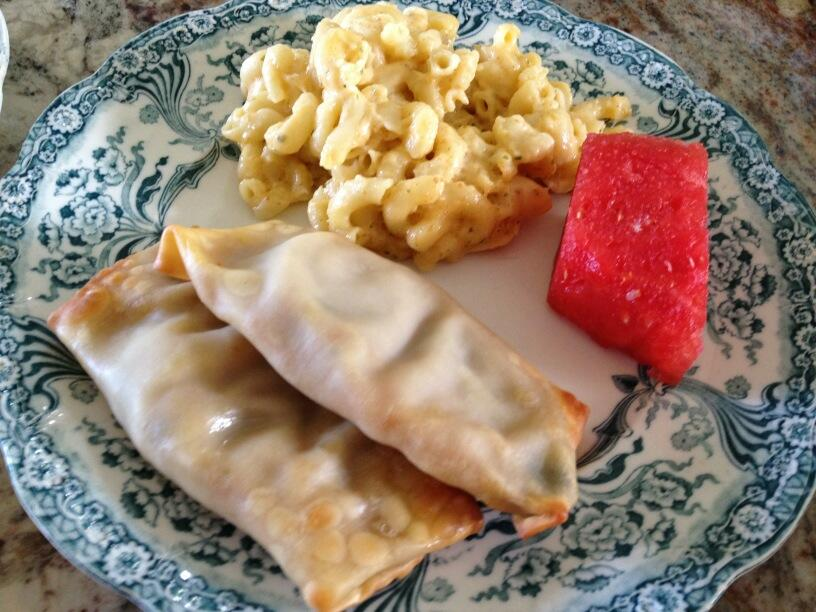 Twitter / LorineMS: Lunch is homemade Mac & ...