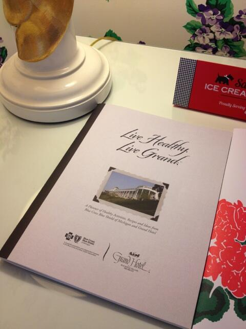 #LiveHealthyLiveGrand day planner, given to all @GrandHotelMI guests. Full of facts and recipes, like Bison Tartar http://pic.twitter.com/4e2h49Owk7