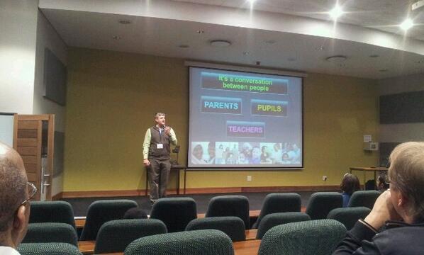 #schoolnetsa Arthur Preston talking on using social media in you classroom pic.twitter.com/b6yaign4Iy