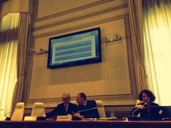 Simonetta Pasqua illustra i contenuti del Piano anti-corruzione  #IncontroOGP pic.twitter.com/Cnr8Tso6Lu