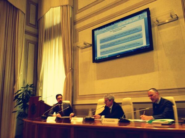 La parola alla società civile:inizia @diritto2punto0, lo streaming è per di qui  dati.gov.it/content/dirett… #IncontroOGP pic.twitter.com/5c7sg3Evpq
