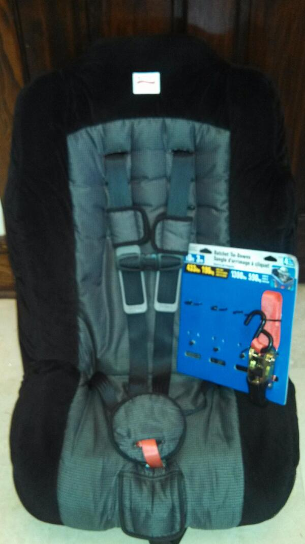 JJ On Twitter Why Re Invent The Wheel Just Used 3 Ratchet Straps And 1 Quick Cut To Turn This Britax Regent Into ABDL Car Seat Tco CoKfLcN1Hp