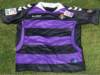 hummel - El Real Valladolid elige a Hummel para sustituir a Kappa - Página 2 BOWYAZlCAAA-03T
