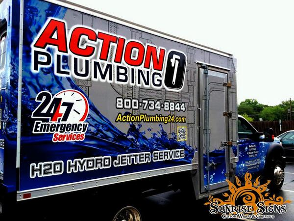 Box truck wraps for New Jersey Plumbing contracting company. #vehiclewraps #graphicdesign #truckwraps #truckgraphics http://t.co/TAoL16WZyi