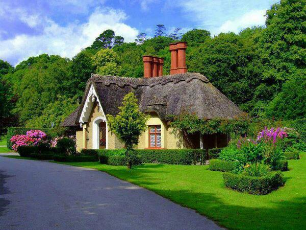 Momiji356 Thatched Cottage In Cotswolds England Pictwitter Q3qixvuLvY