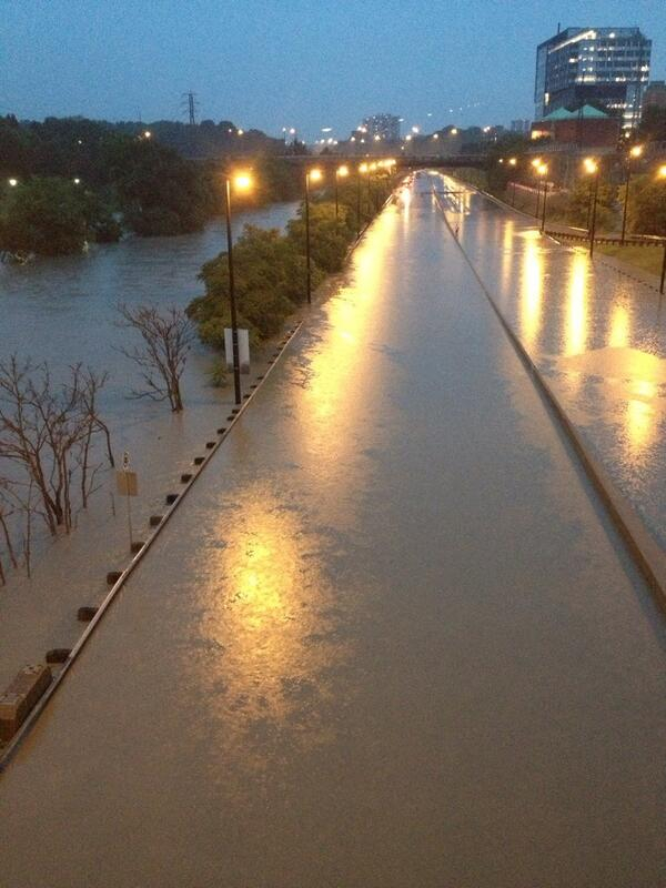 My view of the Don River. The parkway is under there somewhere. #toronto #flooding. pic.twitter.com/FOekKz1XZy