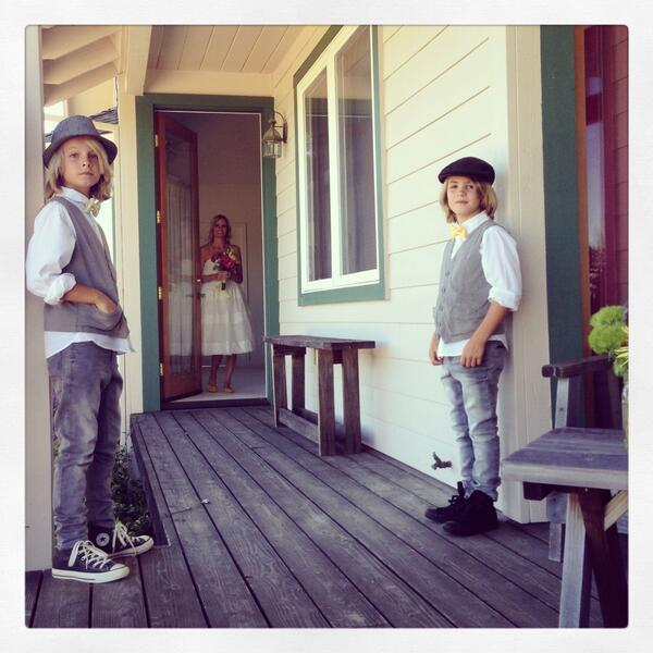 @richarddeitsch @Sports_Casters My wife's sons waiting to walk her down the aisle. Sonoma. Just two weekends ago. pic.twitter.com/0AqgJ2Gqqm