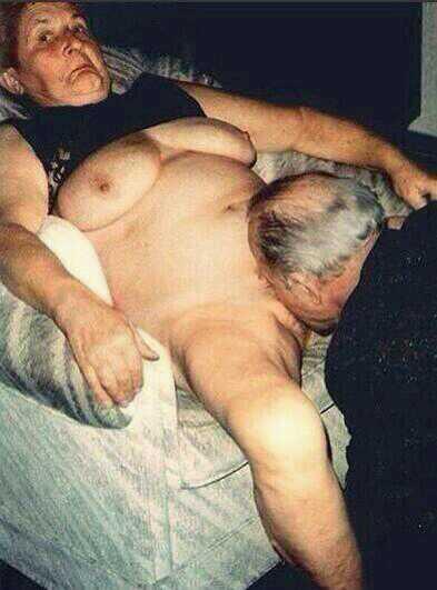 Wrinkled lady porn clip