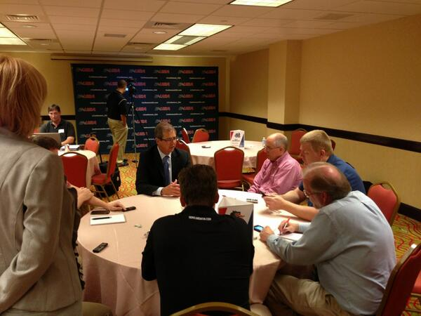 #CUSA Commissioner doing a round table @CUSAFB Media Kickoff #WeAreCUSA #FIU pic.twitter.com/pSmX5wuXpz