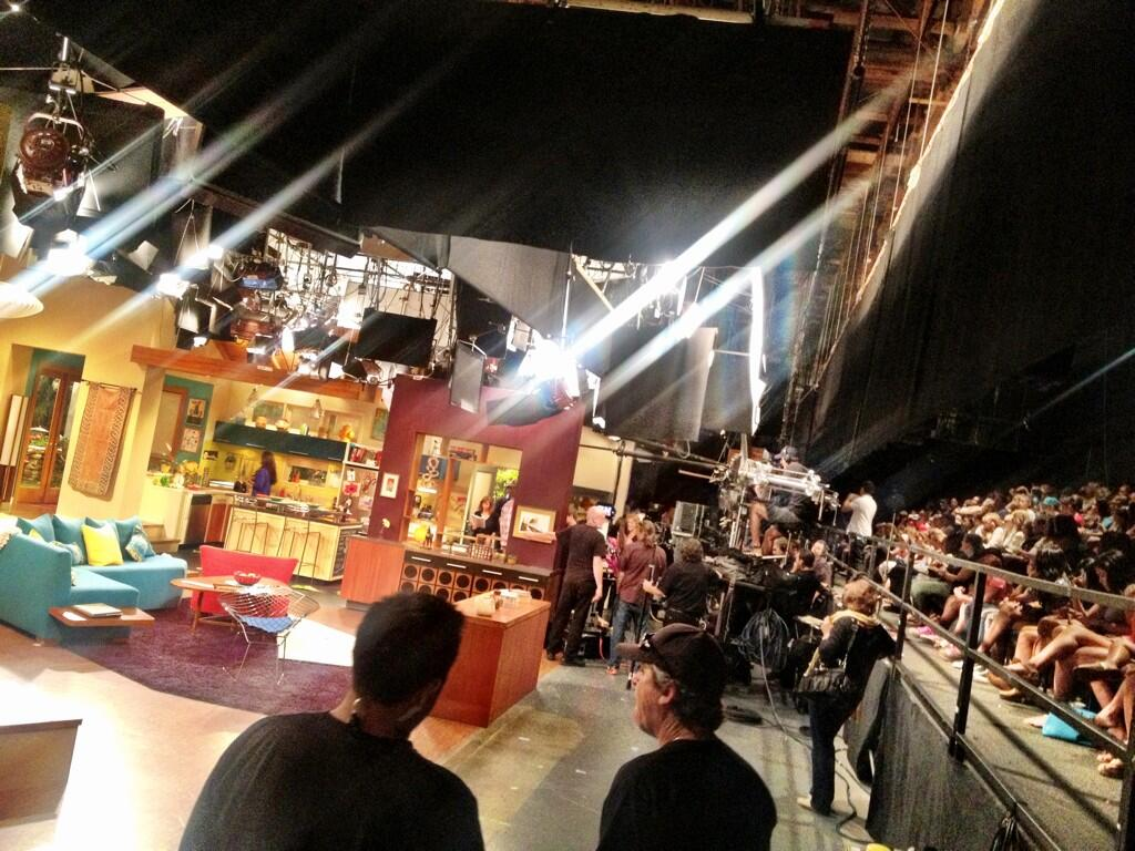 Coming to you LIVE from a taping of the #Thundermans at Paramount Studios! http://t.co/mShUEfCKP2