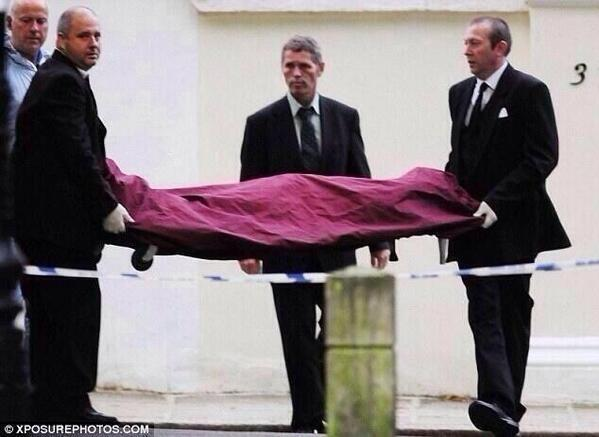 """@BiebsterMane: Omfg I just looked at this picture of Cory being carried out, the tears are back again </3 http://t.co/nwKR1vPj17"" Oh God"