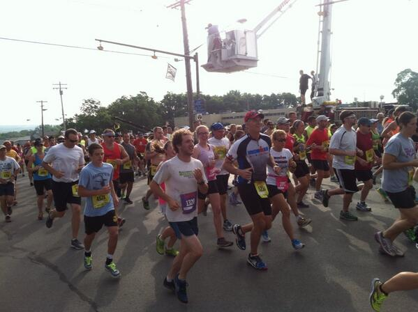 15K Runners are off! #boilermaker2013 pic.twitter.com/WlZAcOskqo