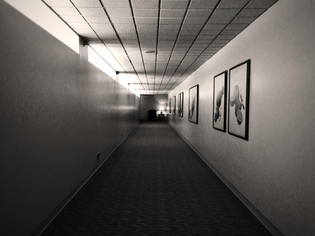 then took a pic of a hallway http://t.co/AVYH3dk9te
