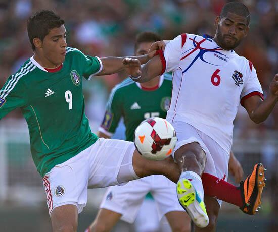 Panamá #embajadoralotto se enfrenta a México por las semifinales de la Copa de Oro! Vamos Panamá @lottopty http://t.co/h5NFruQ88r