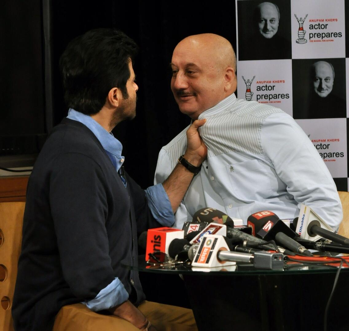 Twitter / AnupamPkher: When Anil Kapoor caught my ...