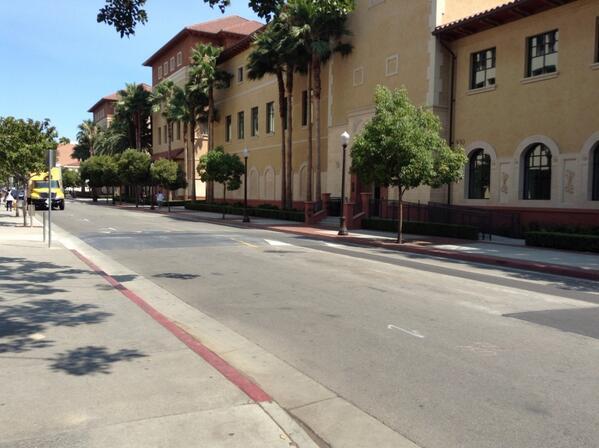 Aujourd'hui c'est journée université #usc #hyphdus pic.twitter.com/nhA32nvf8u