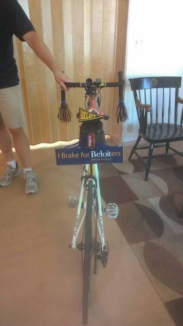 Mark's bike--a rolling Beloit tribute! He brakes for Beloiters! #beloitragbrai pic.twitter.com/uEILjkdLZm