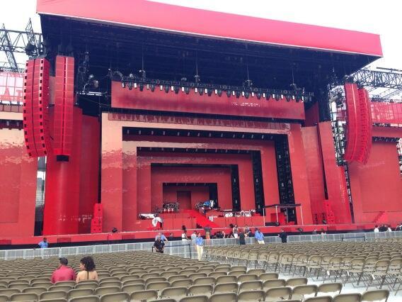 Gira >> Legends of the Summer Tour (Jay-Z & Justin Timberlake) - Página 2 BPksaaGCMAAjAfF