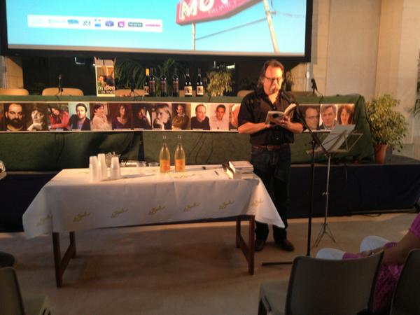"""""""Les vins de soif"""" Gérard Lambert cite Thierry Guichard, rendre à César... #Ebdm2013 pic.twitter.com/RiIu9C2eea"""