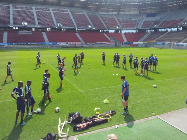 Schalke trainiert in Klagenfurt